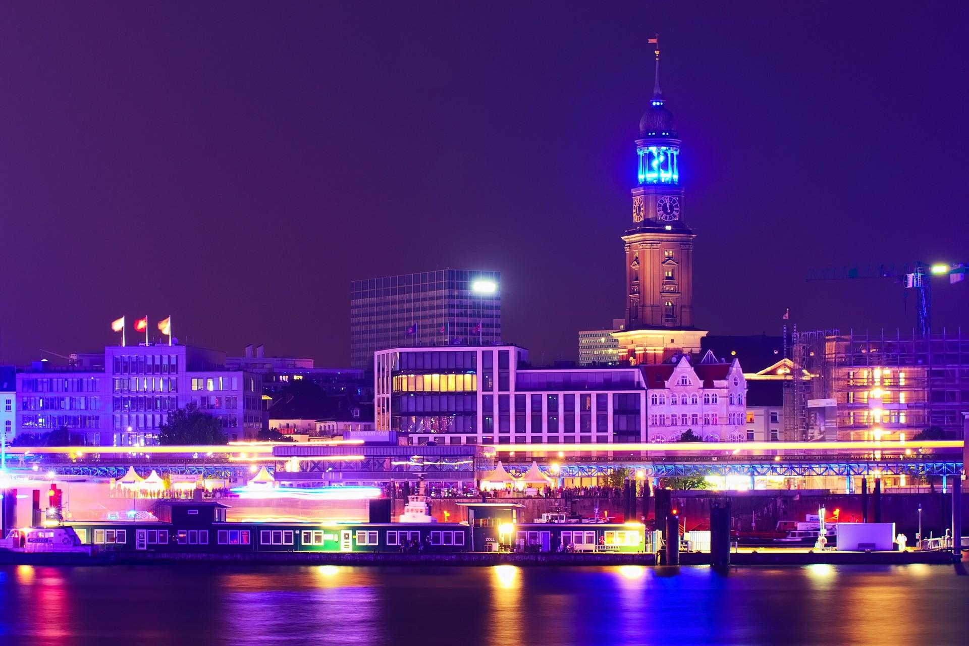 Skyline Rund Um Den Michel Secret Hamburg Fotos Aus Hamburg